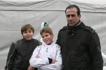 Jan Hendrik Heimbach und Jan-Vincent Stolle mit Teamchef Ralf Braaz